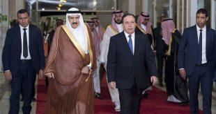 الأمير منصور بن متعب يشارك بالنيابة عن المملكة في مراسم دفن الرئيس التونسي
