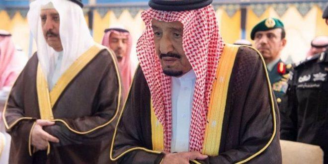 خادم الحرمين الشريفين يؤدي صلاة الجنازة على روح الأمير بندر بن عبد العزيز في المسجد الحرام