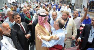 سفير خادم الحرمين لدى بيروت يودع الحجاج اللبنانيين في مطار رفيق الحريري الدولي